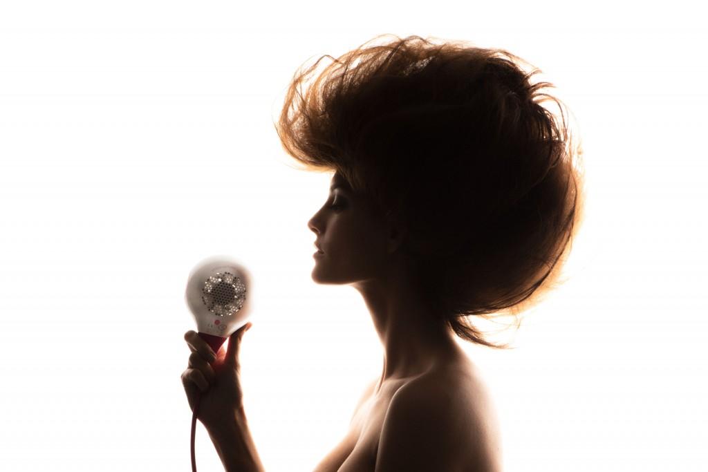 liberate-le-aragoste-uki-advertising-hairstyle-dryer-asciugacapelli